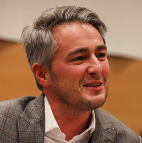 Hugues BAYET